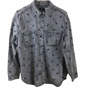 BDG Gray Acid Washed Paisley Button Down Top - M -